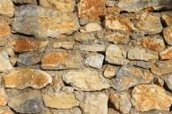 construire un mur en pierre