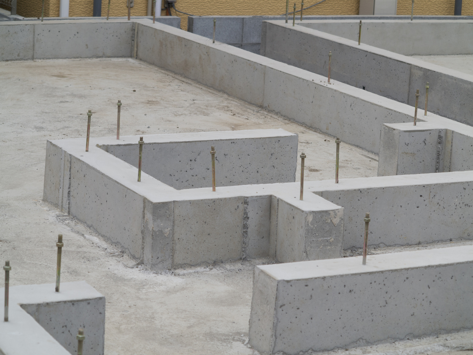 Fondation superficielle infos caract ristiques prix - Fondation pour un garage en parpaings ...